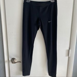 Women Nike Dri-Fit Leggings in Black sz Medium